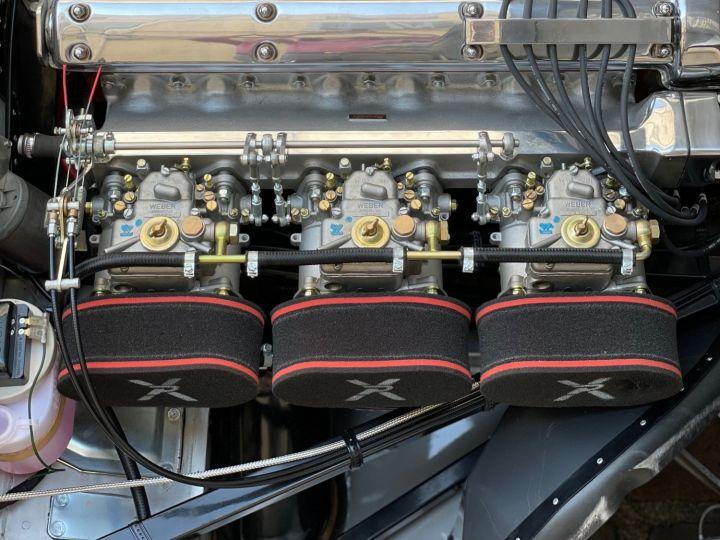 Jaguar E-Type Lightweight Aluminum Gris - 12