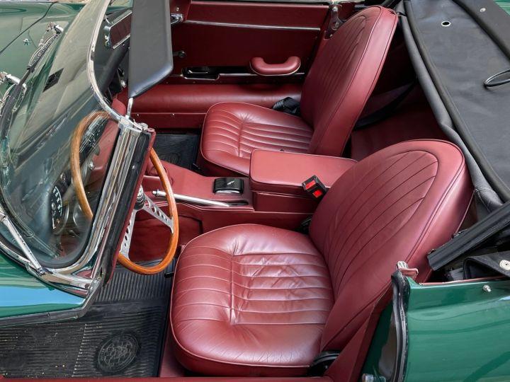 Jaguar E-Type Type-E Cabriolet 4.2 Série 2 Vert - 14