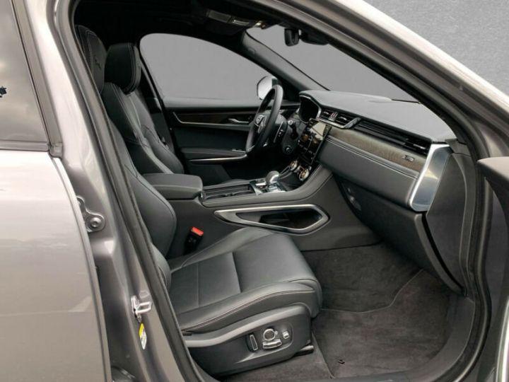Jaguar F-Pace F-PACE P400e AWD R-Dynamic S Plug-in Hybrid 2021 gris  - 3
