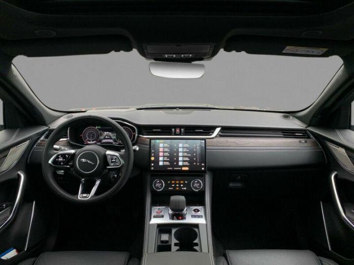 Jaguar F-Pace F-PACE P400e AWD R-Dynamic S Plug-in Hybrid 2021 gris  - 4