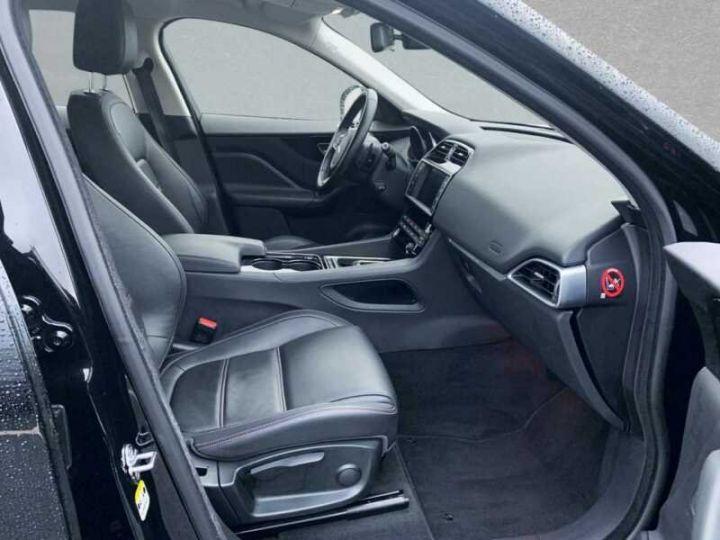 Jaguar F-Pace Prestige AWD noir  - 3