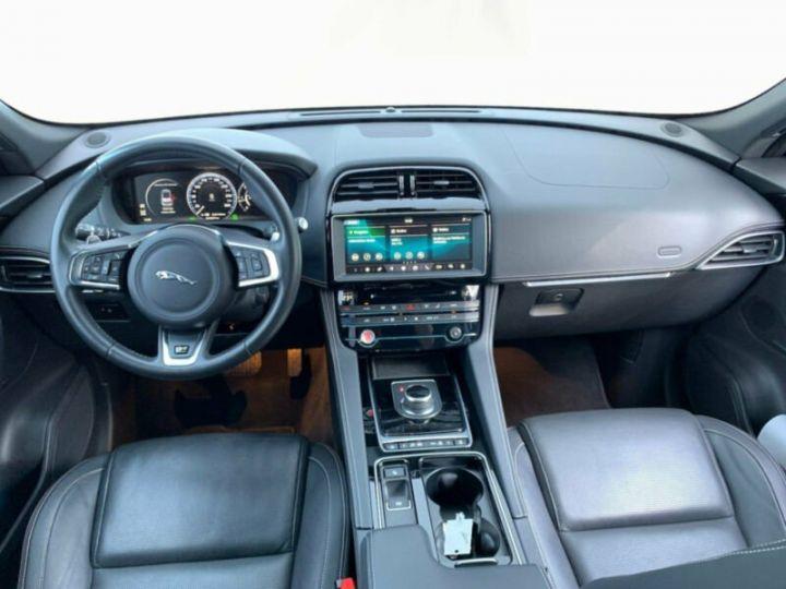 Jaguar F-Pace r-sport noir - 4