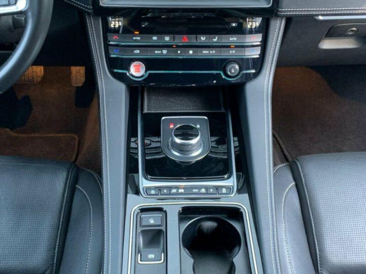 Jaguar F-Pace r-sport noir - 7