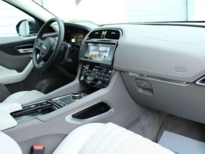 Jaguar F-Pace V6 3.0D 300CH PORTFOLIO 4X4 BVA8 BLEU Occasion - 5
