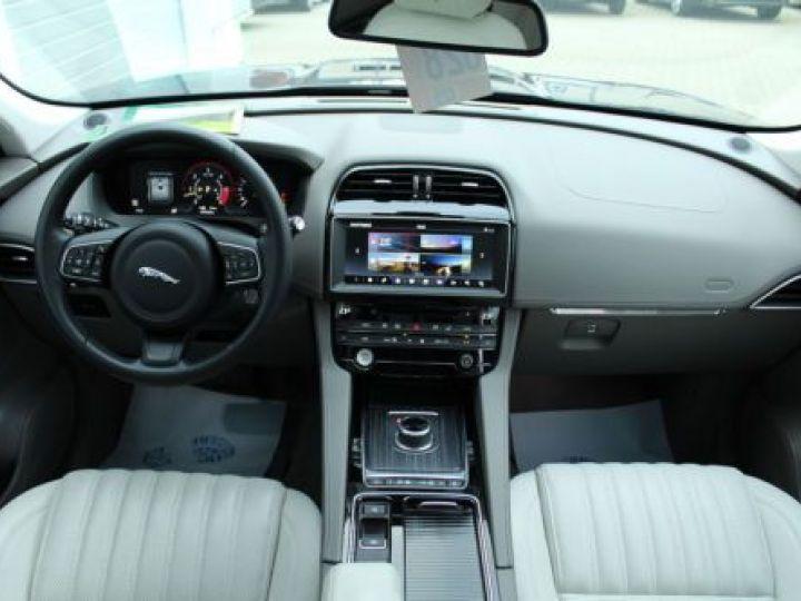 Jaguar F-Pace V6 3.0D 300CH PORTFOLIO 4X4 BVA8 BLEU Occasion - 6