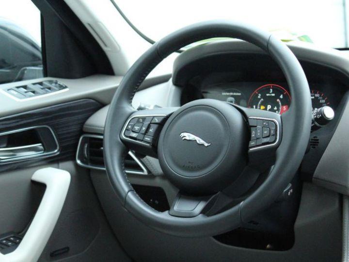 Jaguar F-Pace V6 3.0D 300CH PORTFOLIO 4X4 BVA8 BLEU Occasion - 2