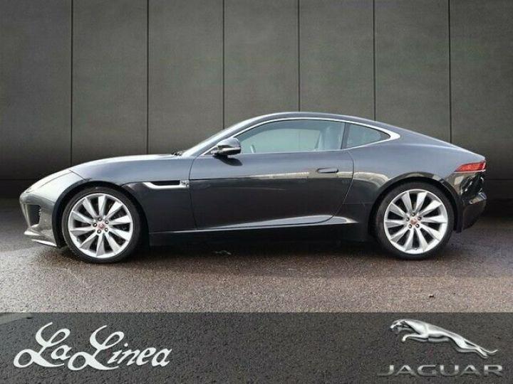 Jaguar F-Type gris  métallisé  - 3