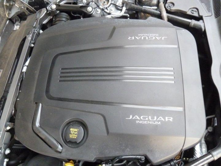 Jaguar F-Type COUPE 2.0 300 BVA8 GRIS AMMONITE - 18