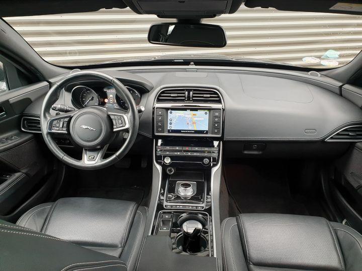 Jaguar XE 2.0d 180 sport bva Gris Occasion - 5
