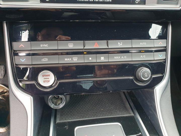 Jaguar XE 2.0d 180 sport bva Gris Occasion - 12