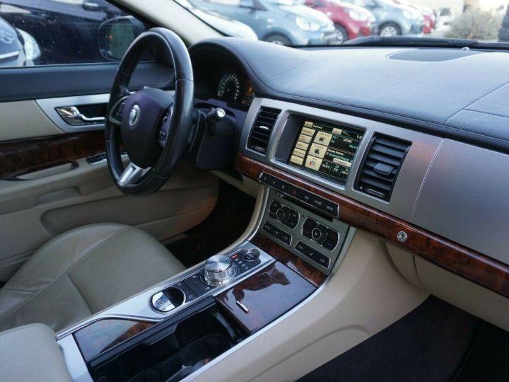 Jaguar XF 3.0 V6 240 Diesel Luxe 10/2013 noir métal - 7