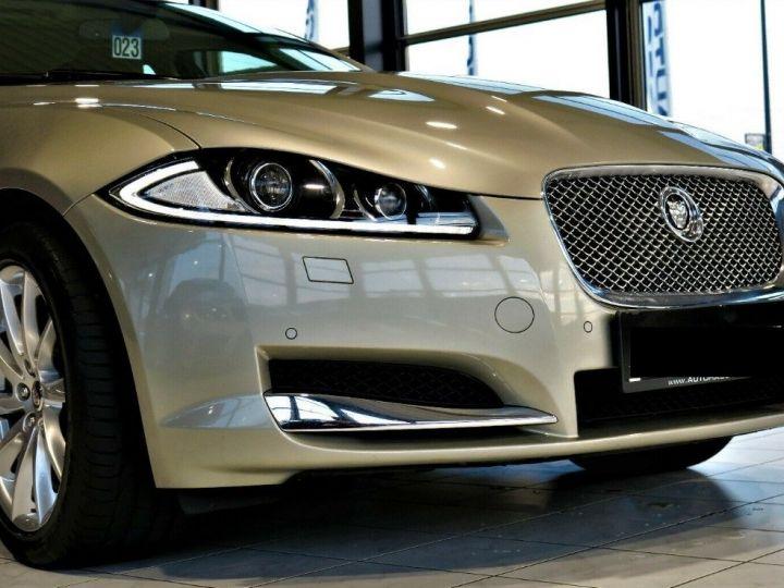 Jaguar XF 3.0 V6 240 Diesel Luxe Premium (04/2013) Gris metal champagne - 6