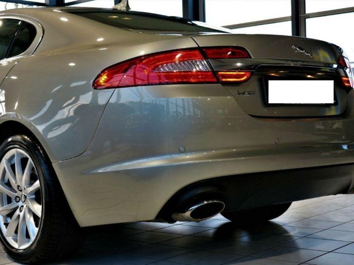 Jaguar XF 3.0 V6 240 Diesel Luxe Premium (04/2013) Gris metal champagne - 7