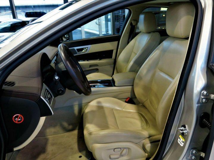Jaguar XF 3.0 V6 240 Diesel Luxe Premium (04/2013) Gris metal champagne - 11