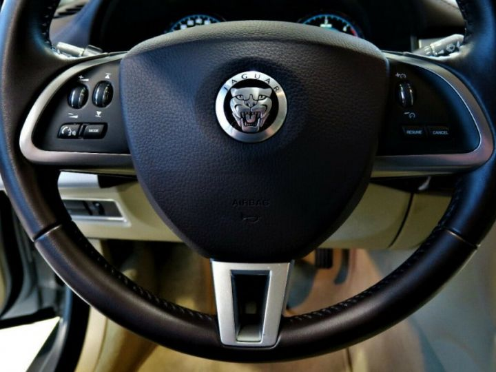 Jaguar XF 3.0 V6 240 Diesel Luxe Premium (04/2013) Gris metal champagne - 12