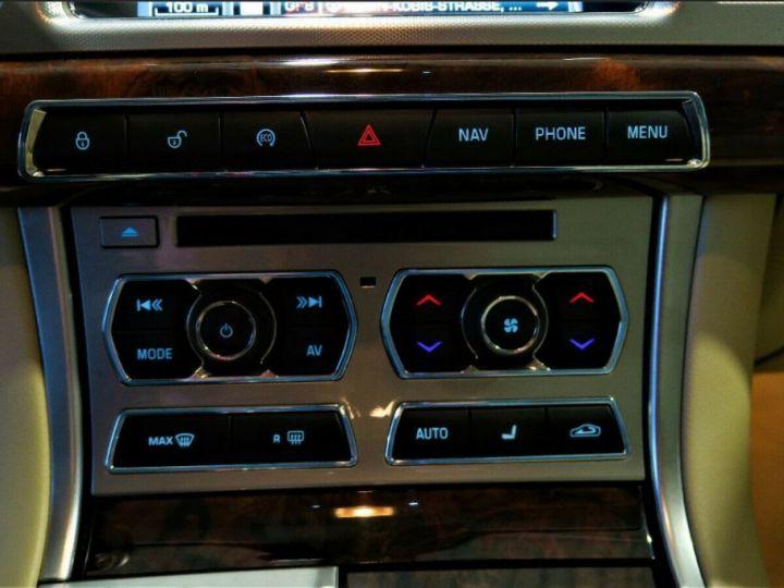 Jaguar XF 3.0 V6 240 Diesel Luxe Premium (04/2013) Gris metal champagne - 15