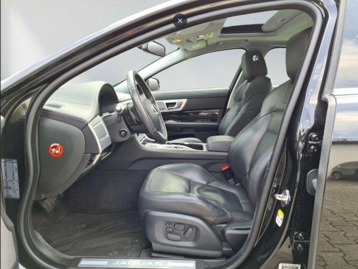 Jaguar XF  3.0 V6 D S 275 LUXE PREMIUM 08/2014 noir métal - 3