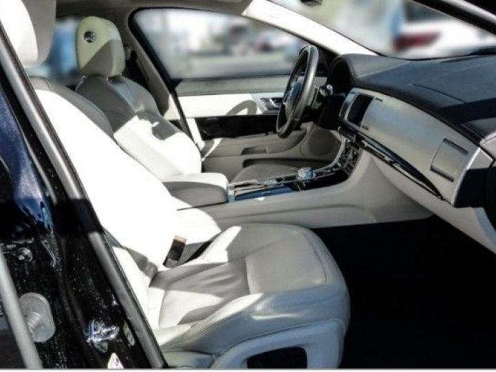 Jaguar XF V6 3.0 D 240CH R-SPORT NOIR Occasion - 4