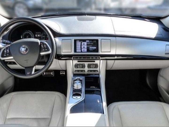 Jaguar XF V6 3.0 D 240CH R-SPORT NOIR Occasion - 5