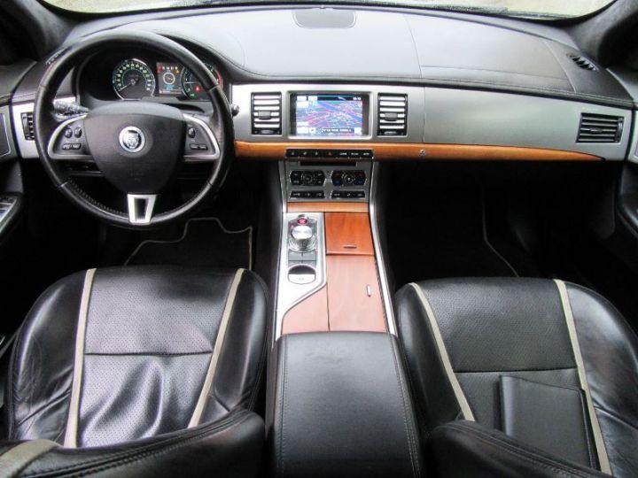 Jaguar XF V6 3.0 D S 275CH LUXE PREMIUM PHASE 2 GRIS CLAIR Occasion - 9