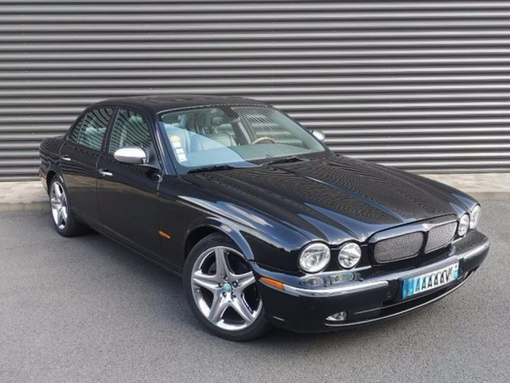 Jaguar XJ 2.7 V6 D BI-TURBO SOVEREIGN BVA l Noir Occasion - 6