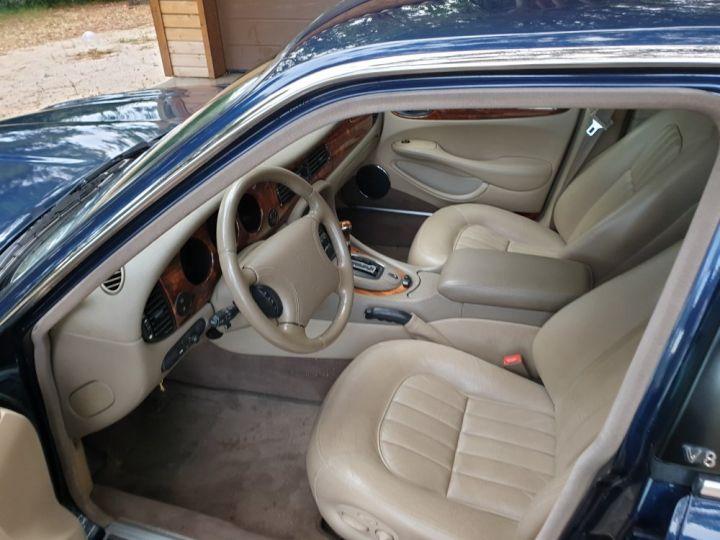 Jaguar XJ8 3.2 L V8 PACK CLASSIC BLEU MARINE METALLISE - 3