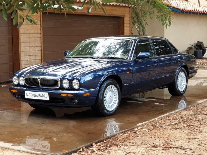 Jaguar XJ8 3.2 L V8 PACK CLASSIC BLEU MARINE METALLISE - 6