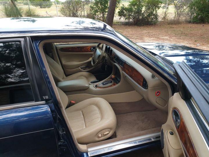 Jaguar XJ8 3.2 L V8 PACK CLASSIC BLEU MARINE METALLISE - 13