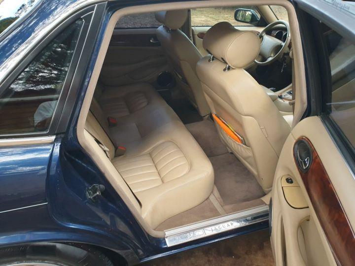 Jaguar XJ8 3.2 L V8 PACK CLASSIC BLEU MARINE METALLISE - 14