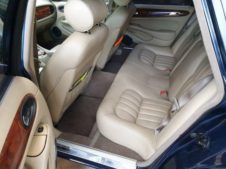 Jaguar XJ8 3.2 L V8 PACK CLASSIC BLEU MARINE METALLISE - 15