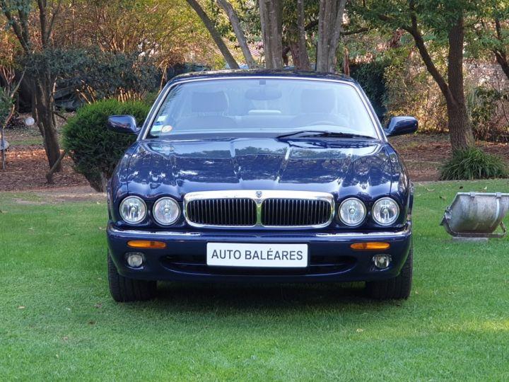 Jaguar XJ8 3.2 L V8 PACK CLASSIC BLEU NUIT METALLISE - 2