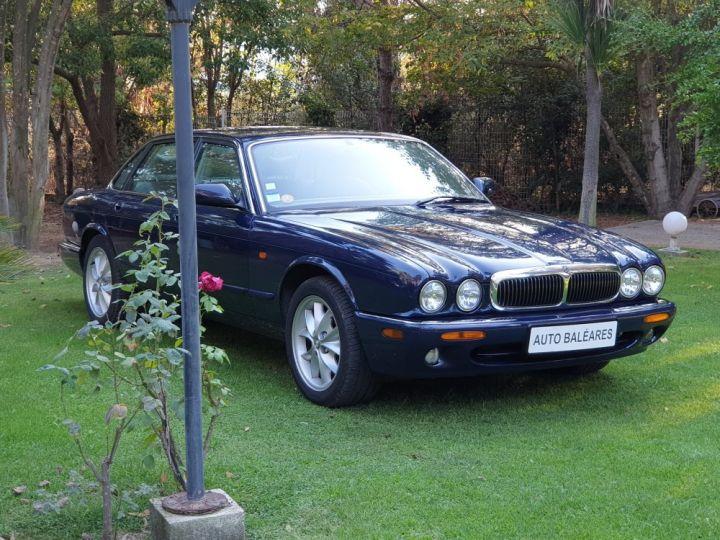 Jaguar XJ8 3.2 L V8 PACK CLASSIC BLEU NUIT METALLISE - 3