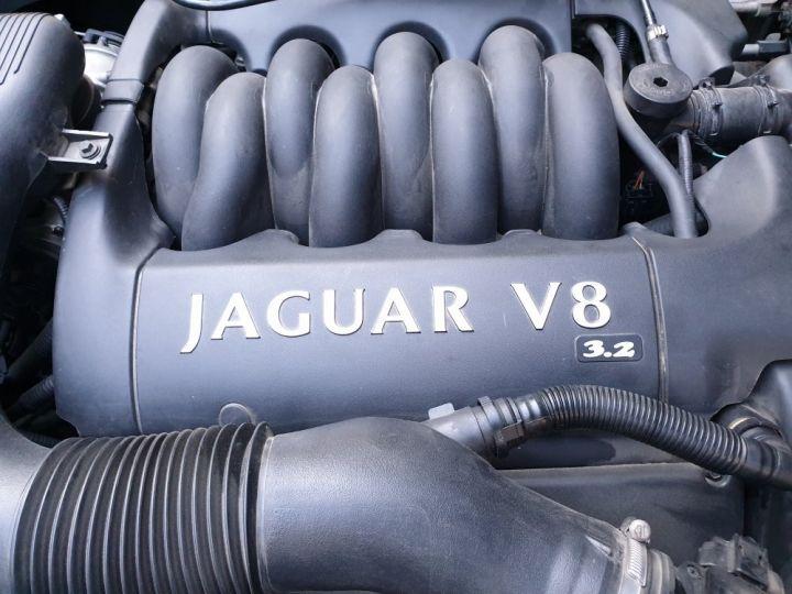 Jaguar XJ8 3.2 L V8 PACK CLASSIC BLEU NUIT METALLISE - 17