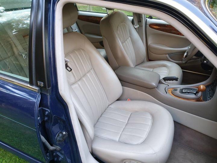 Jaguar XJ8 3.2 L V8 PACK CLASSIC BLEU NUIT METALLISE - 20