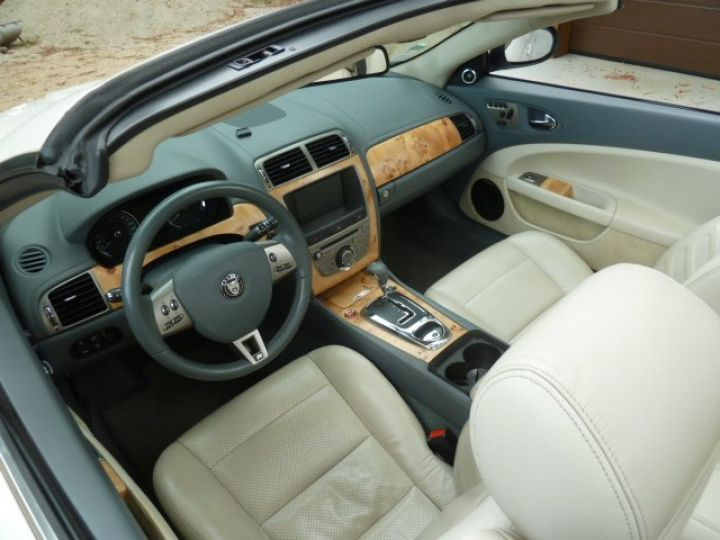 Jaguar XKR 4.2 L CONVERTIBLE BVA BLANC - 3