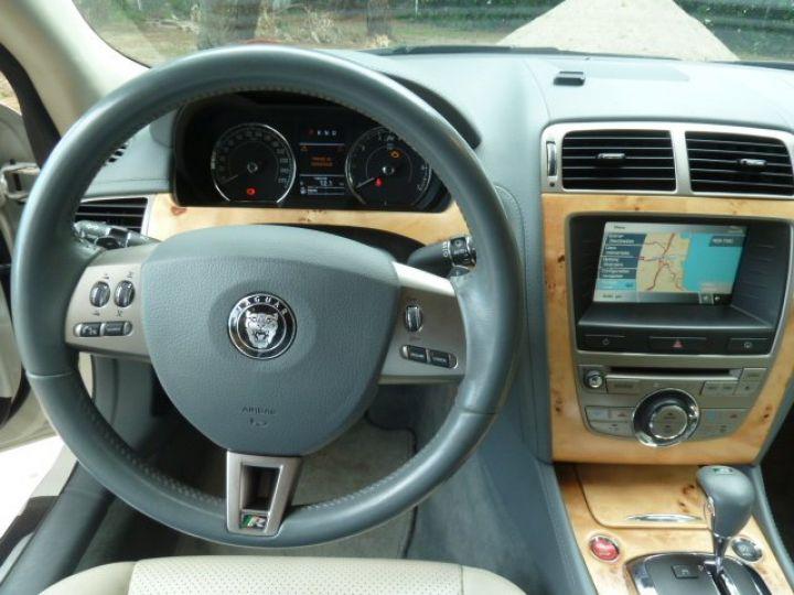 Jaguar XKR 4.2 L CONVERTIBLE BVA BLANC - 11