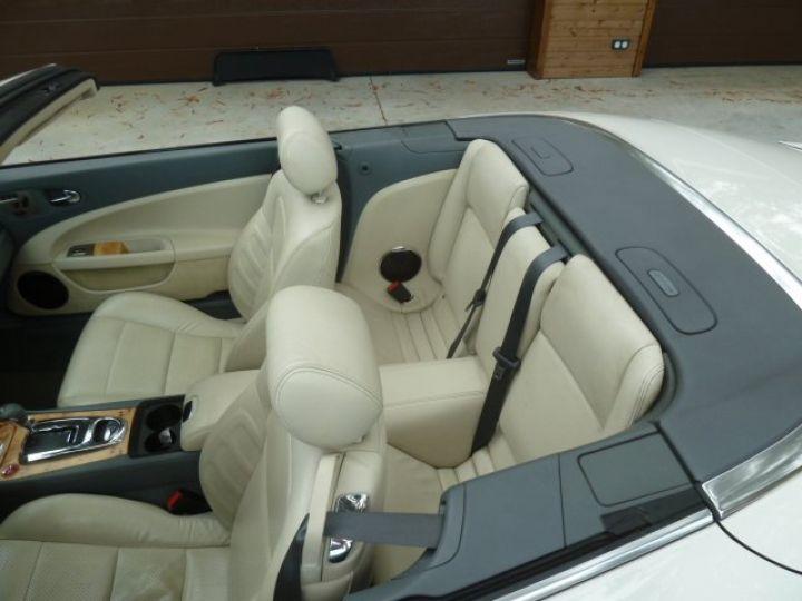 Jaguar XKR 4.2 L CONVERTIBLE BVA BLANC - 21