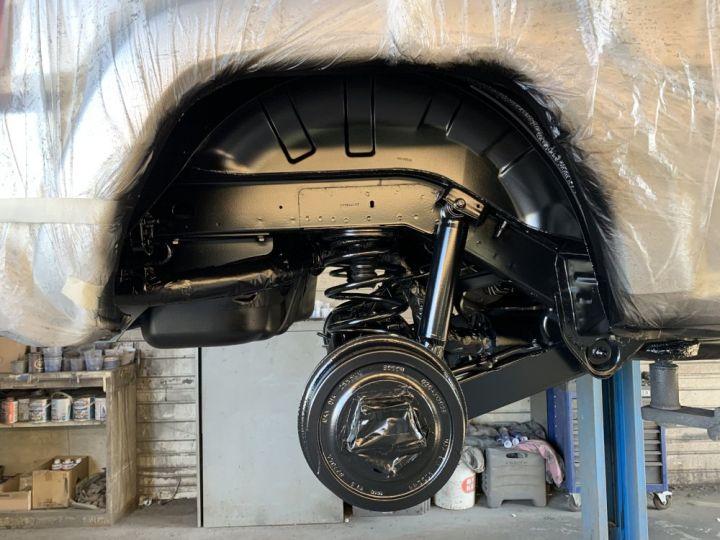 Jeep Cherokee KJ 3.7 L V6 211 CV BVA Limited Gris clair - 15