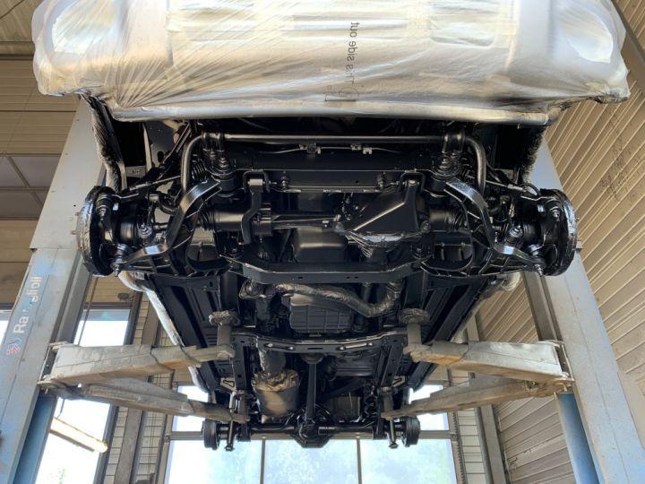 Jeep Cherokee KJ 3.7 L V6 211 CV BVA Limited Gris clair - 16