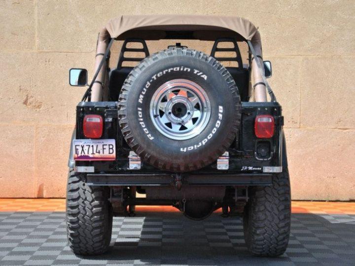 Jeep CJ7 5.0L V8 304 GOLDEN EAGLE Noir - 7