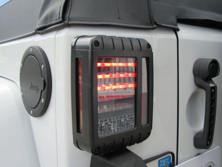 Jeep WRANGLER 2.8 CRD 200 FAP UNLIMITED SAHARA BVA BLANC Occasion - 14