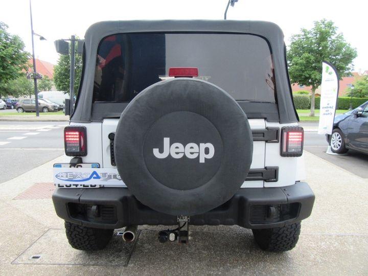 Jeep WRANGLER 2.8 CRD200 FAP UNLIMITED ARCTIC BA BLANC Occasion - 8
