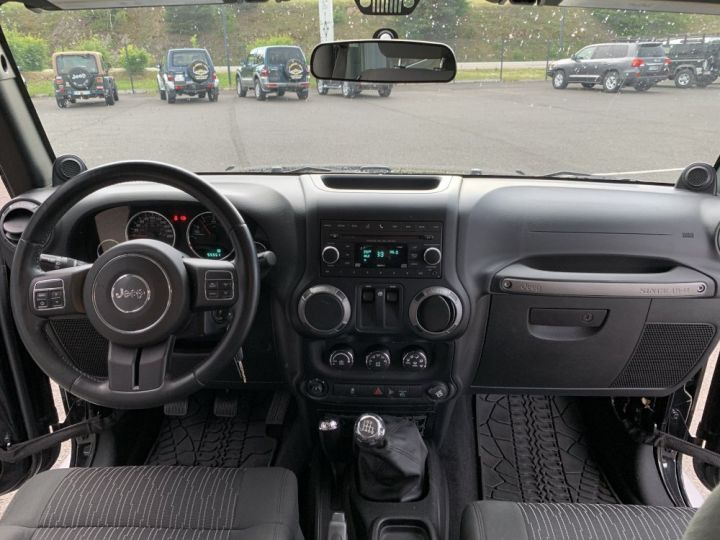 Jeep WRANGLER 2.8 L CRD 200 CV Noir - 12