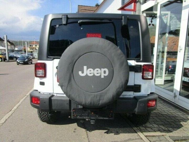 Jeep Wrangler Jeep Wrangler 2.8 CRD 200ch Unlimired Sahara BVA: GPS/ Attelage/ Gtie 12Mois/ TOUT INCLUS Blanc - 12