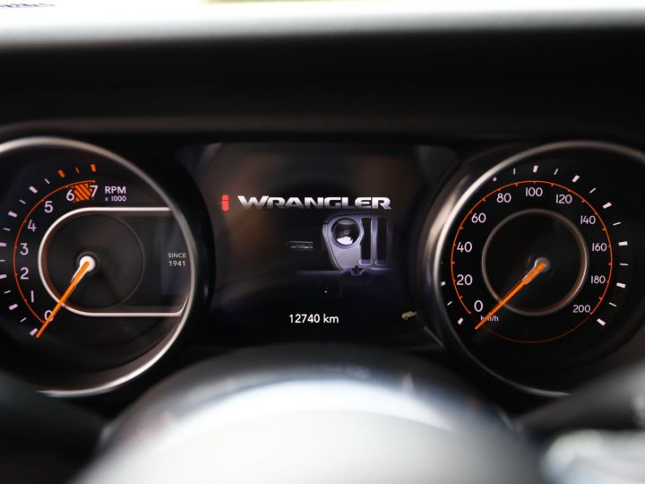 Jeep Wrangler JEEP WRANGLER IV 2.0 I T 272 4WD OVERLAND AUTO 2PORTES / MALUS PAYE Gris Metal - 29