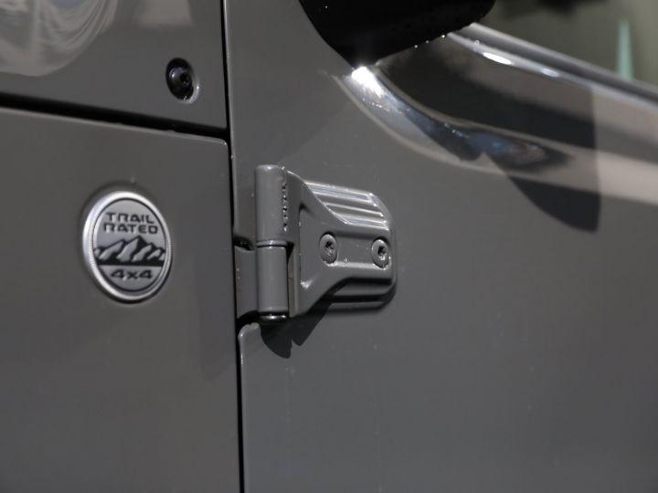 Jeep Wrangler JEEP WRANGLER IV 2.0 I T 272 SAHARA AUTO 2P / FRANCAIS / MALUS PAYE Gris Vernis - 15