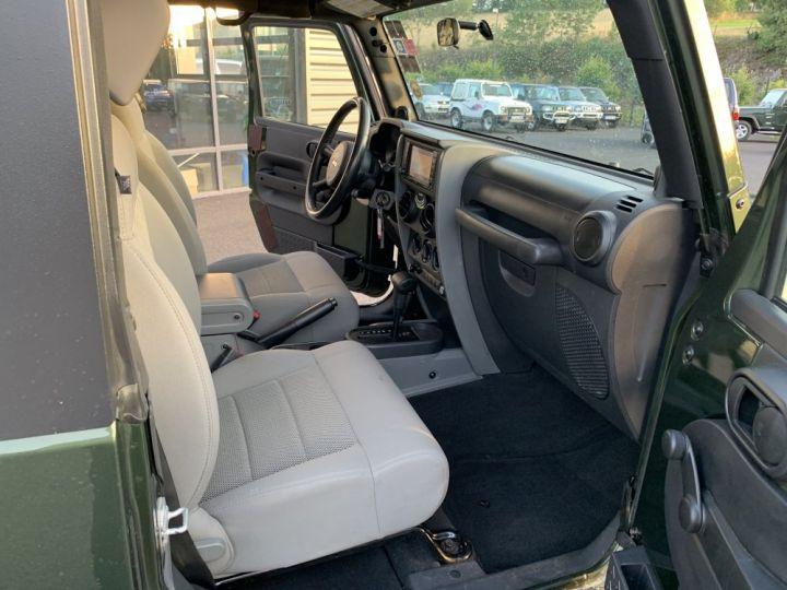 Jeep Wrangler JK 3.8 L V6 RUBICON Vert Foncé - 11