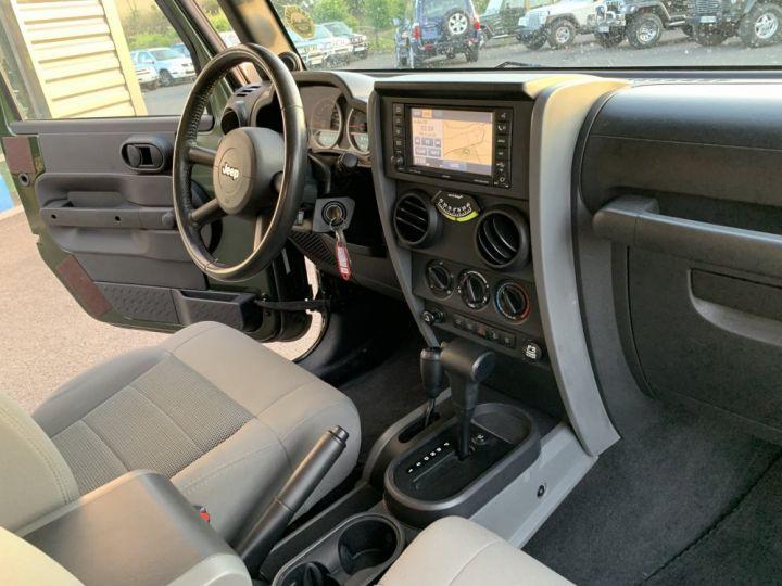 Jeep Wrangler JK 3.8 L V6 RUBICON Vert Foncé - 12