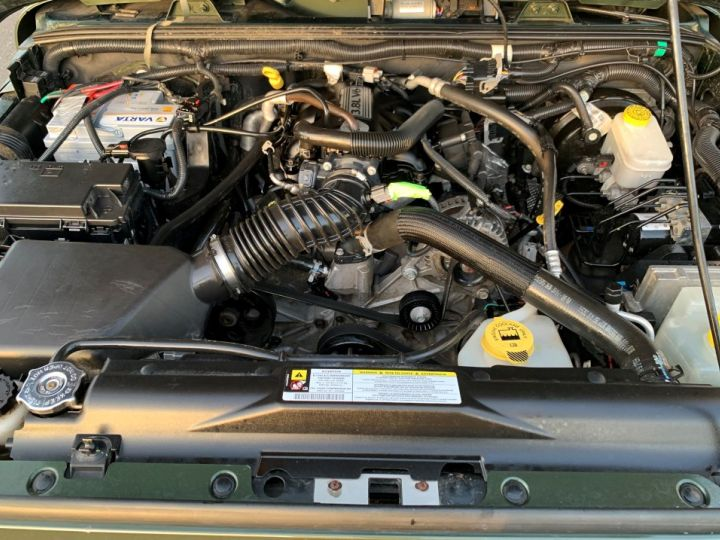 Jeep Wrangler JK 3.8 L V6 RUBICON Vert Foncé - 15