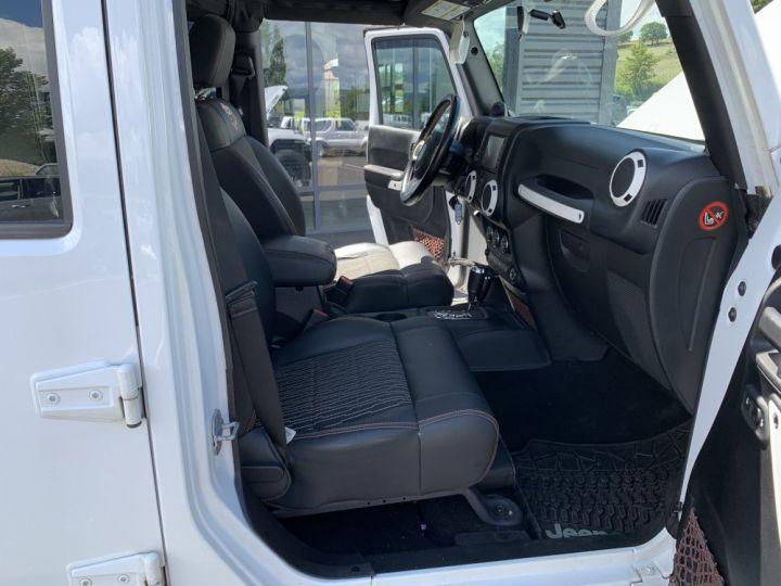 Jeep WRANGLER JK ULIMITED 2.8 L CRD 200 CV Arctic Blanc - 11